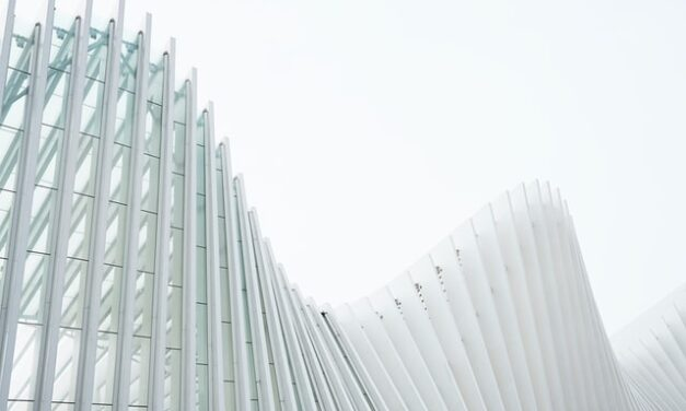 Investigadores de Cádiz crean un novedoso captador de energía solar para los edificios