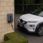Europa implanta una nueva etiqueta para vehículos eléctricos y puntos de recarga