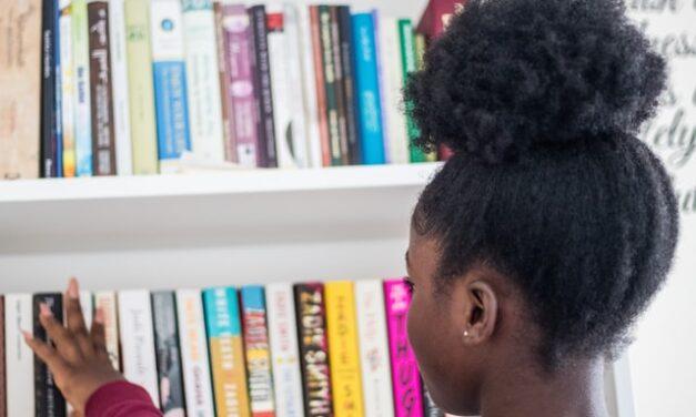 Nace 'TeCuento', un club de lectura para niños y niñas sordos