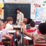 Un grupo de estudiantes de secundaria elabora una guía sobre 'Cómo hacer tu escuela inclusiva'