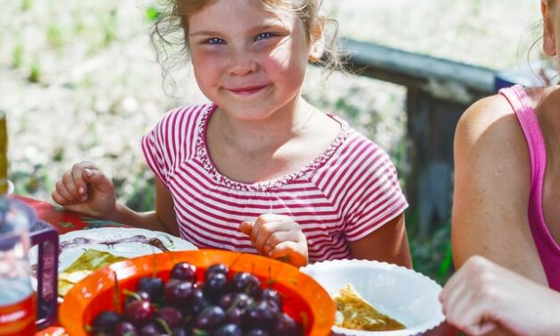 Los niños que comen más frutas y verduras tienen una mejor salud mental